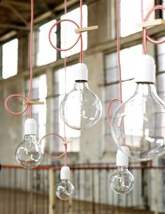 #DIY #lamp #pendant #bulb - zelfmaakidee: #hanglamp #peertje - kijk op: www.101woonideeen.nl