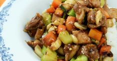Sichuan chicken kung pao Kung Pao Recept, Kung Pao Chicken, Wok, Broccoli, Food And Drink, Ethnic Recipes, Woks