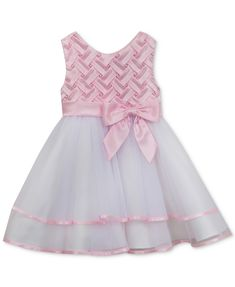 Children and Young Frocks For Babies, Baby Girl Frocks, Kids Frocks, Frocks For Girls, Baby Frock Pattern, Frock Patterns, Toddler Girl Dresses, Little Girl Dresses, Girls Dresses