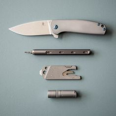 With its full titanium construction stunning blue accents and exquisitely organic lines the Kizer Gemini is truly an EDC knife that keeps things classy. #UrbanEDCSupply