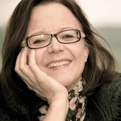 Chantal Perrinjaquet (@bewusstbeimir) | Twitter  Wer sis Business mit Bewusstsii wött entwickle, isch bi de Chantal richtig.