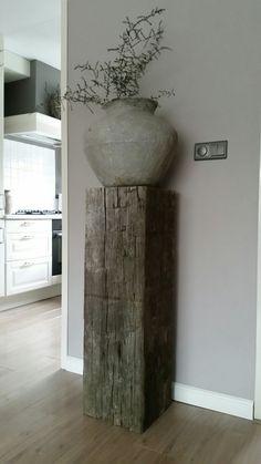 Holzsäule aus massivem Holz