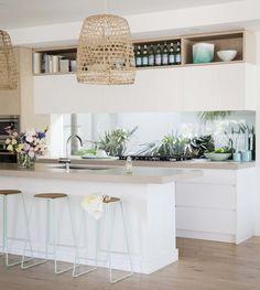 Ideas For Kitchen Decor Above Cabinets Ceilings – Home Decor Ideas Home Decor Kitchen, Kitchen Living, Kitchen Interior, New Kitchen, Home Kitchens, Kitchen Design, Kitchen White, Kitchen Ideas, Timber Kitchen