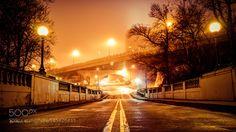 gaia-est-belle: Desolation Drive by Rich_Devant Voir le travail de l'artiste à http://500px.com/photo/145620433 Tôt un matin brumeux .. dans les rues de Wilmington, Delaware.