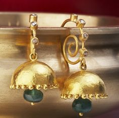 Gold Jewellery Designs: Gold antique style jumka earrings with green jade Turquoise Jewelry, Jewelery, Silver Jewelry, Druzy Jewelry, Silver Ring, Gold Earrings Designs, Gold Jewellery Design, Jewelry Model, Simple Jewelry