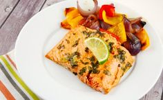 Checkout this easy Honey Lime Salmon Recipe at LaaLoosh.com! It's a quick meal to prep, with little effort that delivers great flavor for 5 Smart Points.