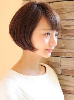 丸みが可愛いコンパクトなショートスタイル 髪型・ヘアスタイル・ヘアカタログ ビューティーナビ