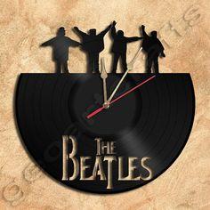 Wanduhr die Beatles Vinyl Rekord Clock Upcycled von geoartcrafts