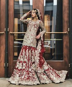 Heavy Bridal outfit is meticulously hand embellished on a lustrous fabric and hi. by Couture Indian Bridal Wear, Pakistani Wedding Dresses, Pakistani Outfits, Designer Wedding Dresses, Indian Dresses, Indian Outfits, Pakistani Shadi, Pakistani Culture, Indian Sarees