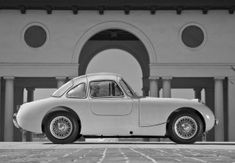 Photoshoped gullwing Bugeye -http://bugeyeguy.com/uncategorized/bugwing-concept-by-vauteh-tuning/15218