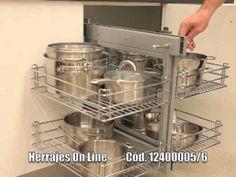 Herrajes Online - MAGIC CORNER - Herraje de Cocina - YouTube