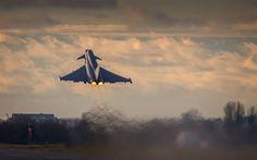 Herunterladen hintergrundbild eurofighter typhoon fighter, eurofighter gmbh, flugplatz, eurofighter, typhoon
