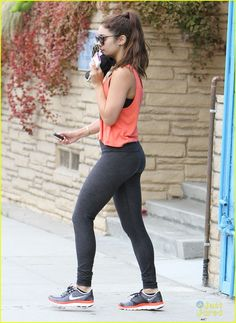 Vanessa Hudgens: Walk After Workout | vanessa hudgens workout walk 02 - Photo