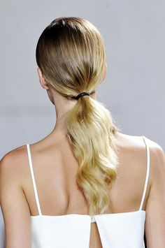 Perfect graduation hair styles to rock under your cap: go for a low pony