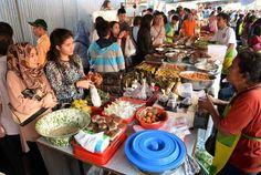 Halaman profil Sri Wintala Achmad - Kompasiana.com Paella, Table Settings, Ethnic Recipes, Food, Eten, Place Settings, Meals, Diet