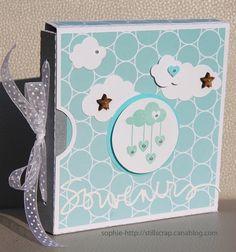 """""""Voici un petit mini album simple et graphique sur le thème naissance. Tampon au centre de Denim tampon que j'ai dessiné. http://stillscrap.canalblog.com/archives/2014/06/18/30093387.html"""""""