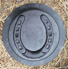 plastic lucky horseshoe stepping stone concrete mold | eBay