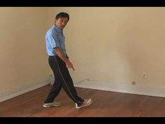 How to Avoid Heel Strike: Video Instruction by Chi Running's Danny Dreyer. Danny Dreyer, creator of the Chi Running technique, how to avoid the injury through heel striking. His principle of the midfoot strike makes impact-caused injuries a thing of the past.