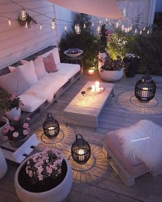 Outdoor Rooms Add Living Space - Outdoor Lighting - Ideas of Outdoor Lighting - What a difference good lighting makes! Outdoor Rooms Add Living Space - Outdoor Lighting - Ideas of Outdoor Lighting - What a difference good lighting makes! Backyard Patio, Backyard Landscaping, Landscaping Ideas, Diy Patio, Backyard Ideas, Pavers Ideas, Florida Landscaping, Backyard Shade, Backyard Ponds