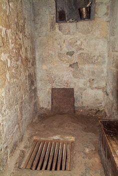 1000 Images About Castle Dungeons On Pinterest