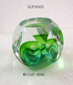 http://image.made-in-china.com/2f0j00qeTtyfRCuUrg/Glass-Paper-Weight-GLP10455-.jpg