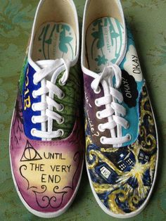 OH MY GOD PLEASE I WA-NEED. I NEED. NOT WANT. NEED. IF THEY HAD THESE IN CONVERSE EVEN NEEDIER I SHALL BE