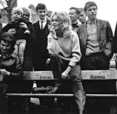 Brigitte Bardot filming The Adorable Beast in Hampstead in 1963 __ http://www.standard.co.uk/incoming/article8471338.ece/alternates/w620/3066696.jpg