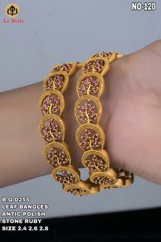 Inbox/WhatsApp 8148871715 details and order. Gold Bangles Design, Gold Jewellery Design, Gold Jewelry, Jewelry Design Earrings, Gold Earrings Designs, Indian Gold Bangles, Gold Haram Designs, Indian Jewelry Sets, Jewelry Patterns