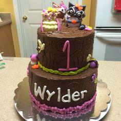 1st bday girl woodland cake