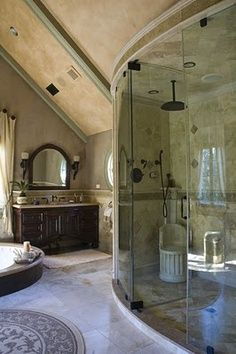 Dream bathroom: Mediterranean inspired bathroom with marble tiling and curved glass-fronted shower Dream Bathrooms, Dream Rooms, Beautiful Bathrooms, Luxury Bathrooms, Mansion Bathrooms, Master Bathrooms, Casa Top, Curved Glass, Humble Abode