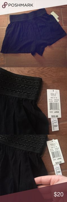 Black dress shorts with pockets New with tags! Shorts