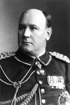 Wilhelm Solf Governor of Samoa c1908 This photograph shows Solf wearing the dark blue full dress uniform of a colonial diplomat. At the throat he wears the Saxe-Weimar-Eisenach Order of the White Falcon- commander with star.