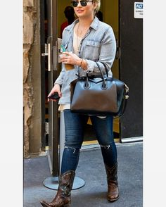 4825a092697 Just came across this gem of  ddlovato wearing Boot Star by Old Gringo.