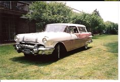Pontiac Star Chief Custom Safari wagon