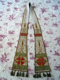 http://www.ebay.com/itm/ANTIQUE-FRENCH-RELIGIOUS-SILK-STOLE-19TH-CENTURY-EMBROIDERY-/291234300854?pt=LH_DefaultDomain_0
