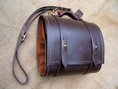 Pipe Rollup Bag - Dragonthorn Leatherworks | Dragonthorn Leatherworks