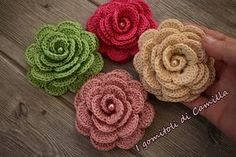 See related links to what you are looking for. Crochet Crafts, Yarn Crafts, Crochet Projects, Diy And Crafts, Camilla, Diy Flowers, Crochet Flowers, Tatting Patterns, Crochet Patterns