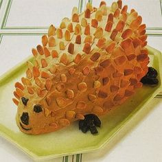 Dinner Party food - in pictures: Hedgehog Cake Party Food 70s, 70s Food, 70s Party, Retro Party, Retro Food, Food Food, Retro Recipes, Mexican Food Recipes, Hedgehog Cake
