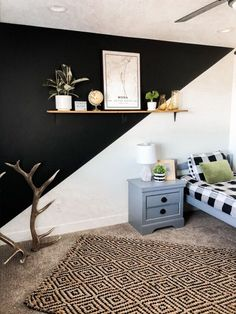Using tape to create the easiest accent wall you will ever make.Boring before Funky Wallpaper, Slat Wall, Diy Wall, Wall Murals, Room Decor, Baseboards, Paint Ideas, Home Painting Ideas, Wall Paint Inspiration