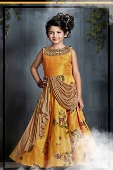 Party Gowns Online Shopping for girls at Low Prices Latest Party Wear Gown, Party Wear Gowns Online, Party Wear Dresses, Kids Indian Wear, Indian Party Wear, Indian Bridal Sarees, Indian Gowns, Stylish Outfits, Kids Outfits