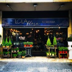 #retol #calaixdellum#led #calaixled #lolaflora #floristeria #manresa #retolacio #vinil #factoria #factoriadelretol #wearefactoria #fdr Led, Home Decor, Vinyls, Homemade Home Decor, Decoration Home, Interior Decorating