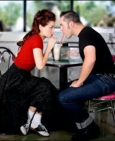 Rockabilly couple --- cute photo inspiration for a retro engagement session:: Rockabilly Wedding:: Engagement Photos:: 50s style
