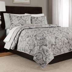 One of my favorite discoveries at ChristmasTreeShops.com: Lyon Cotton Bedding Set
