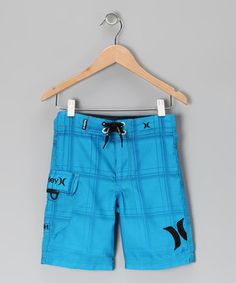 For poolside play or romps in the surf, these cool boardshorts are the perfect fair-weather pair for any active little dude. They feature a trusty drawstring for the perfect fit so there's no worry about them slipping when the waves get intense.