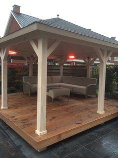 Hoveniersbedrijf H.G. Peters | Sfeervolle houten veranda waar je zo nu en dan lekker tot rust kan komen.