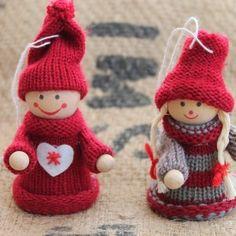 IMG_2015 Yule Crafts, Handmade Christmas Crafts, Homemade Christmas, Diy And Crafts, Merry Little Christmas, Christmas Art, Christmas Decorations, Christmas Ornaments, Christmas Knitting Patterns