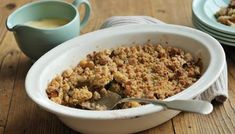 Apple Crumble for the weekend - making the most of the last of the winter weather to eat comfort food