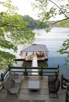 Trendy Ideas For House Lake Architecture Decks Lakeside Living, Outdoor Living, Outdoor Patios, Outdoor Chairs, Lake Dock, Boat Dock, Deck Boat, Haus Am See, Design Exterior