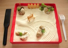 Japanese Rock Garden: dead link but this could be fun to bring to camp. Or will we have space for a full size version with rakes? Japanese Rock Garden, Mini Zen Garden, Montessori Trays, Fun Crafts, Crafts For Kids, Japan Crafts, Magic Treehouse, Small World Play, Thinking Day