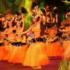 Cook Island dancers. Rumours Luxury Villas and Spa - Rarotonga. For your luxury holiday, wedding and honeymoon www.rumours-rarotonga.com